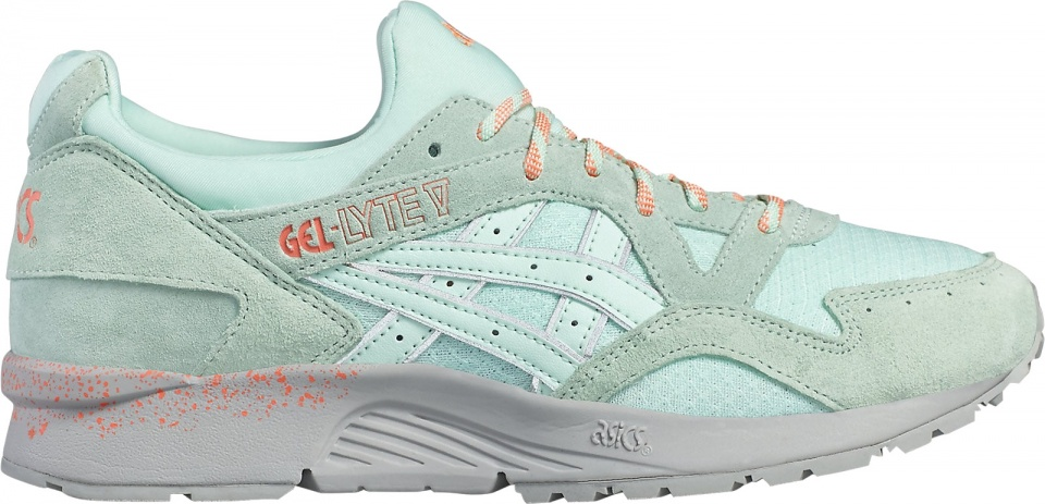 asics chaussures taille grand ou petit