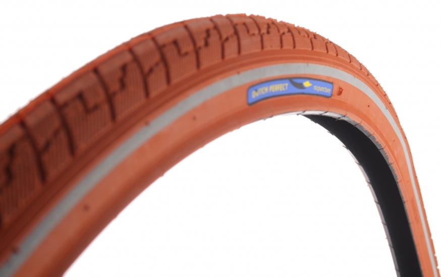 Dutch Perfect Buitenband 28 x 1 5/8 x 1 1/2 (40 622) d.oranje