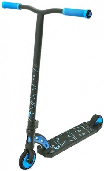 Madd Gear VX8 Pro Black out stuntstep Junior Zwart/Blauw