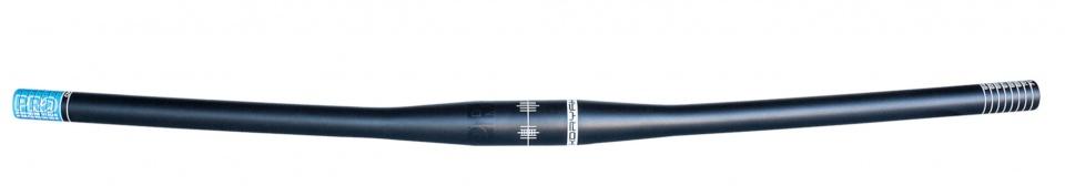 Pro stuur MTB Koryak Flat 22,2 / 720 / 31,8 mm zwart
